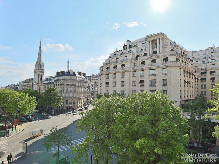 Triangle-d'OrGeorge-V-–-Luxueux-pied-à-terre-face-au-palace-–-75008-Paris-11