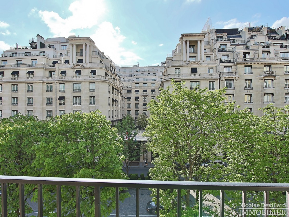 Triangle-d'OrGeorge-V-–-Luxueux-pied-à-terre-face-au-palace-–-75008-Paris-28