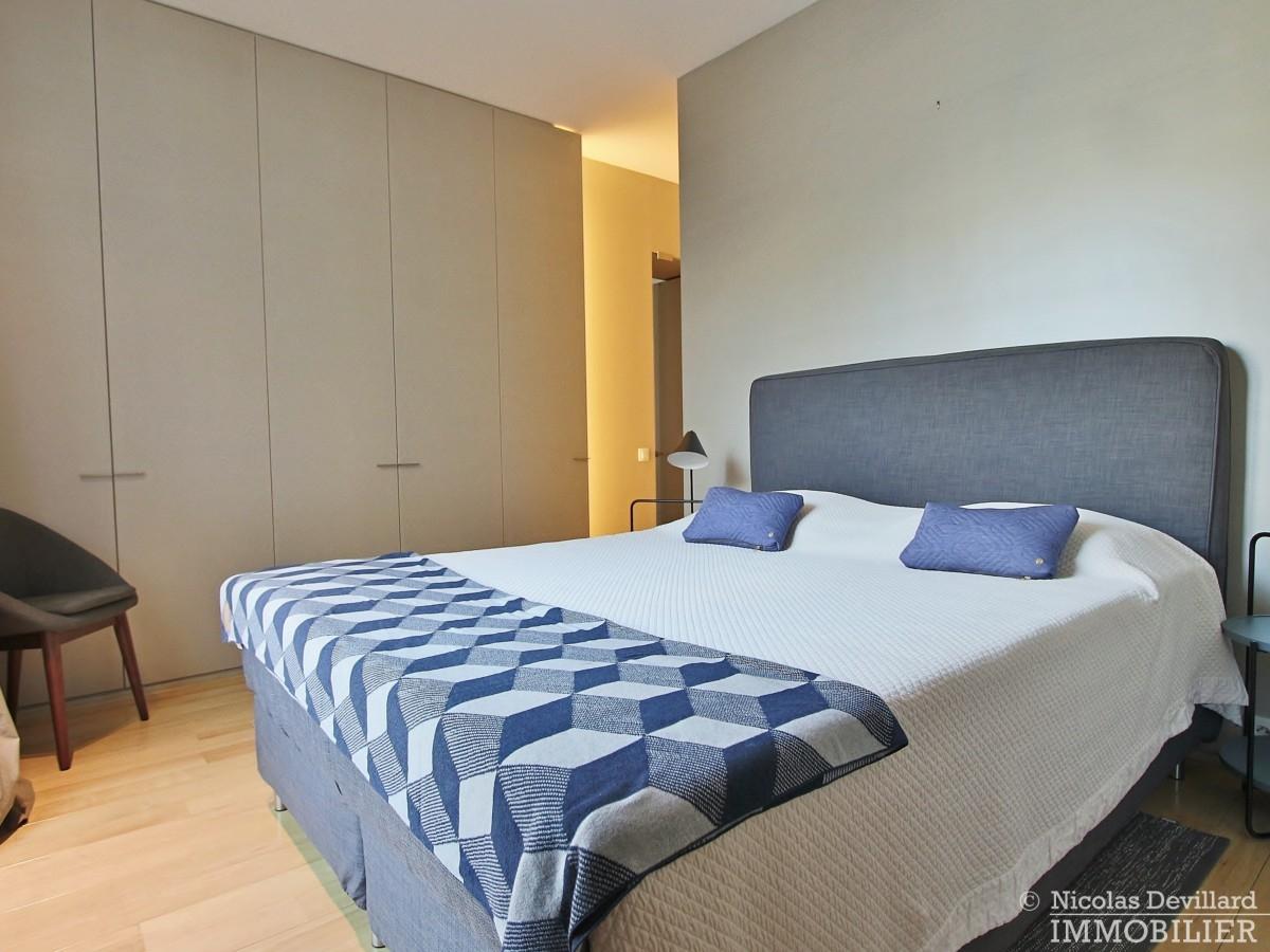 Triangle-d'OrMontaigne-–-Luxueux-duplex-au-dernier-étage-–-75008-Paris-27