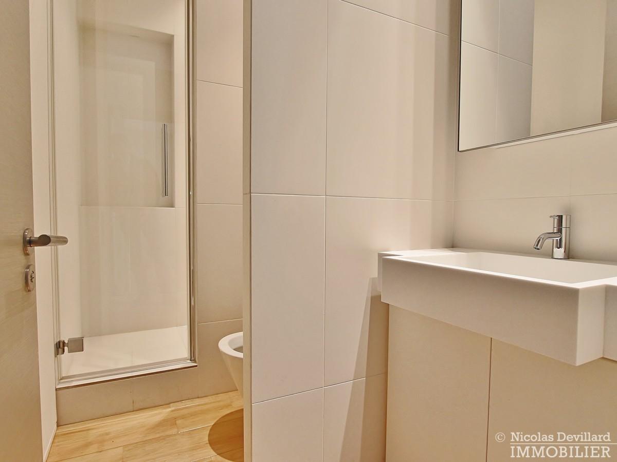 Triangle-d'OrMontaigne-–-Luxueux-duplex-au-dernier-étage-–-75008-Paris-8