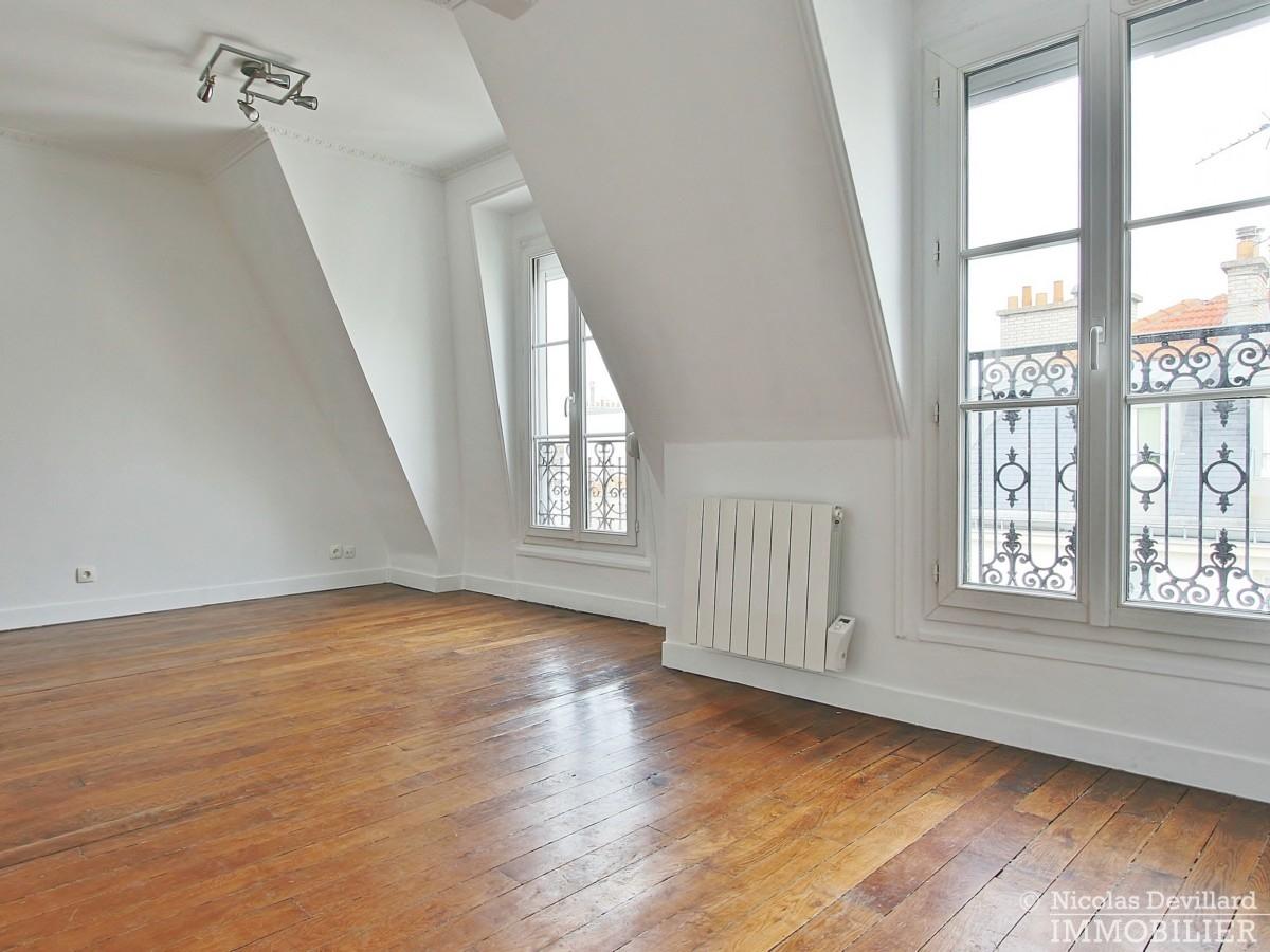 VaugirardMairie-–-Dernier-étage-vue-calme-et-charme-–-75015-Paris-13