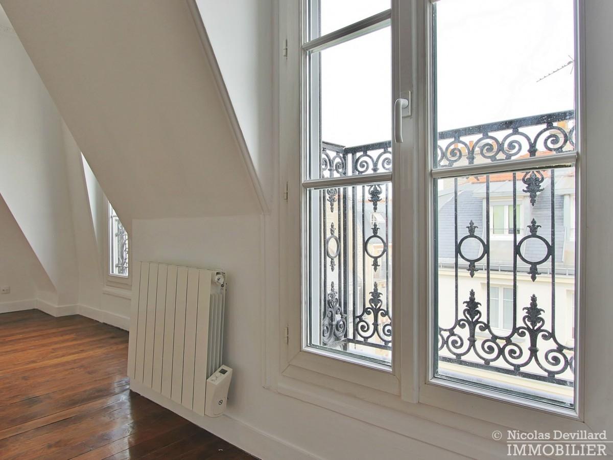 VaugirardMairie-–-Dernier-étage-vue-calme-et-charme-–-75015-Paris-9