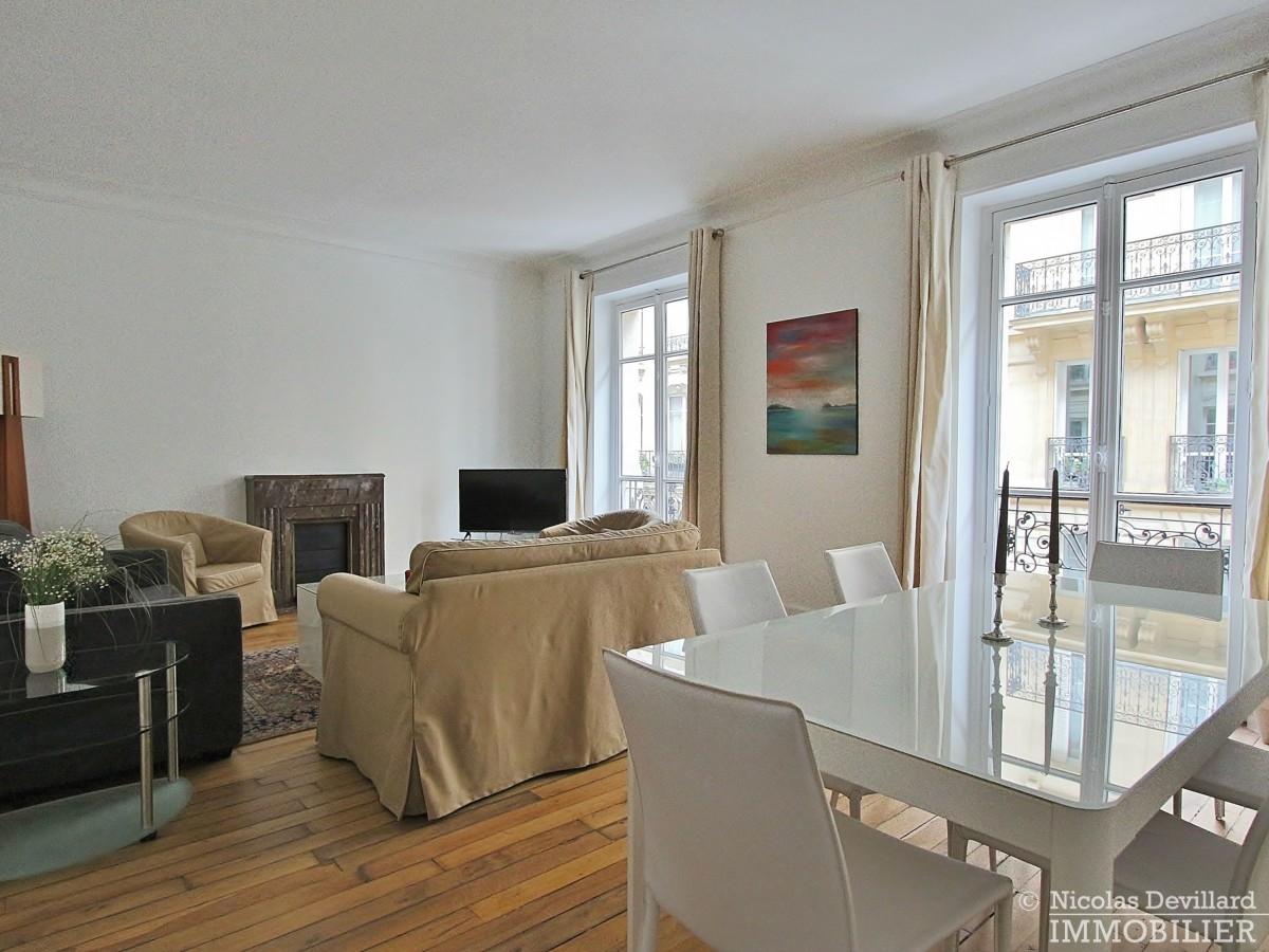Victor-Hugo-–-Grand-salon-parquet-et-calme-75116-Paris-2