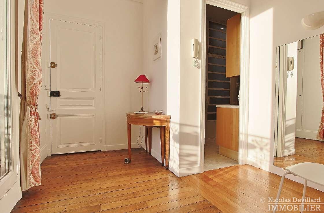 Victor-HugoPompe-–-Dernier-étage-rénové-en-plein-soleil-–-75116-Paris-22