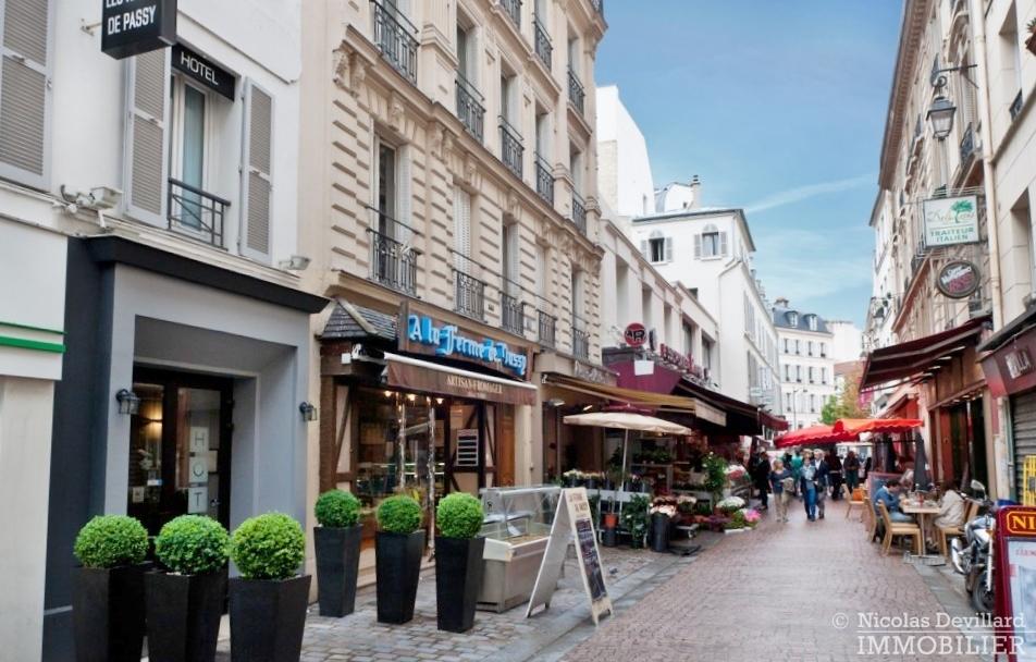 Village-de-Passy-–-Grand-salon-ensoleillé-et-rénové-–-75016-Paris-10