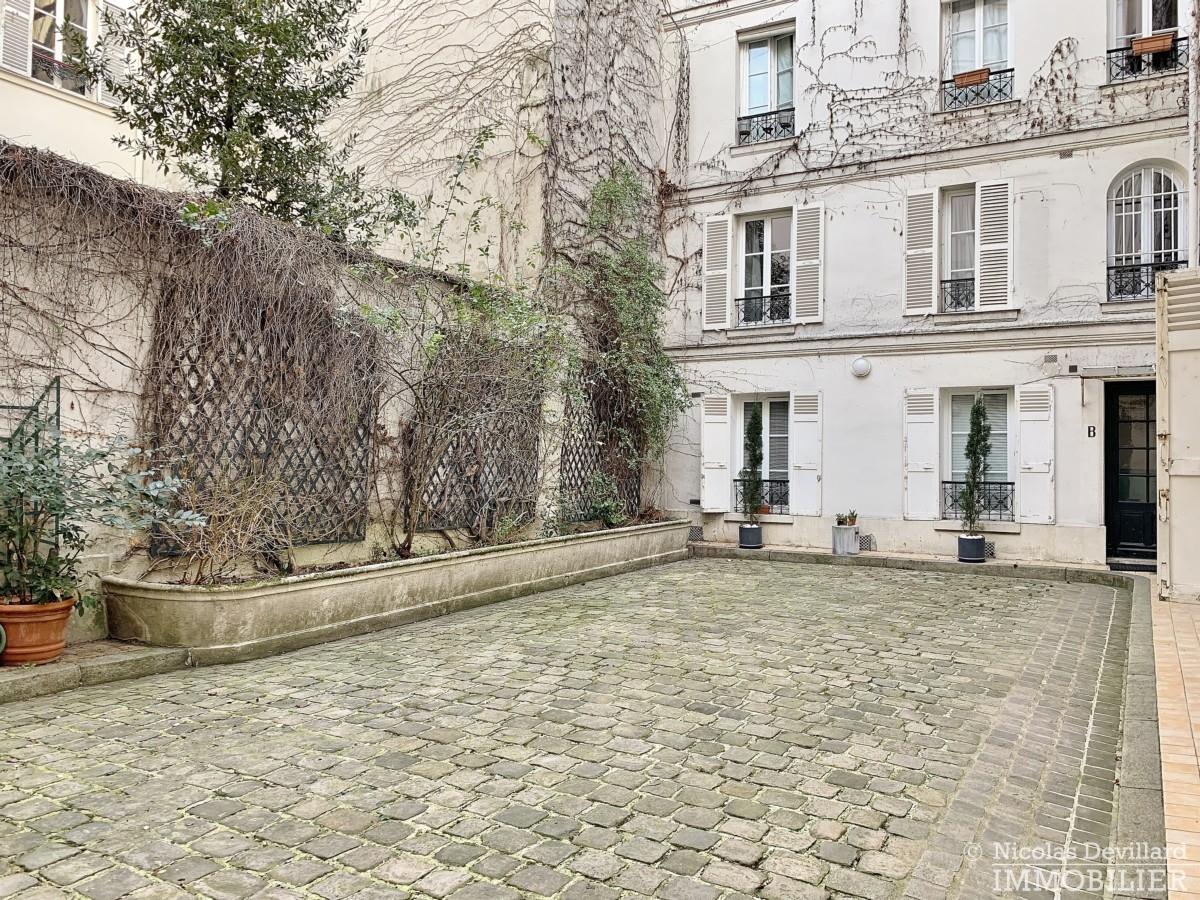 Vaneau-–-Rénové-lumineux-et-calme-–-75007-Paris-5
