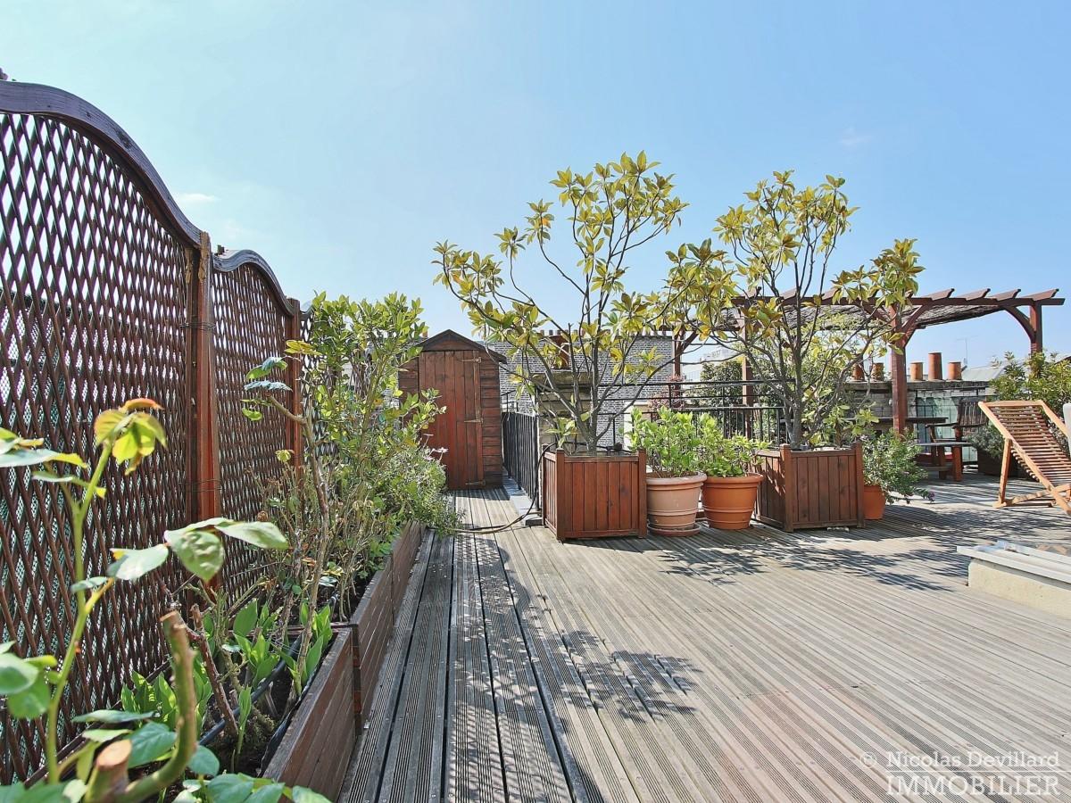 FlandrinLongchamp – Dernier étage superbe terrasse et vue – 75116 Paris 25