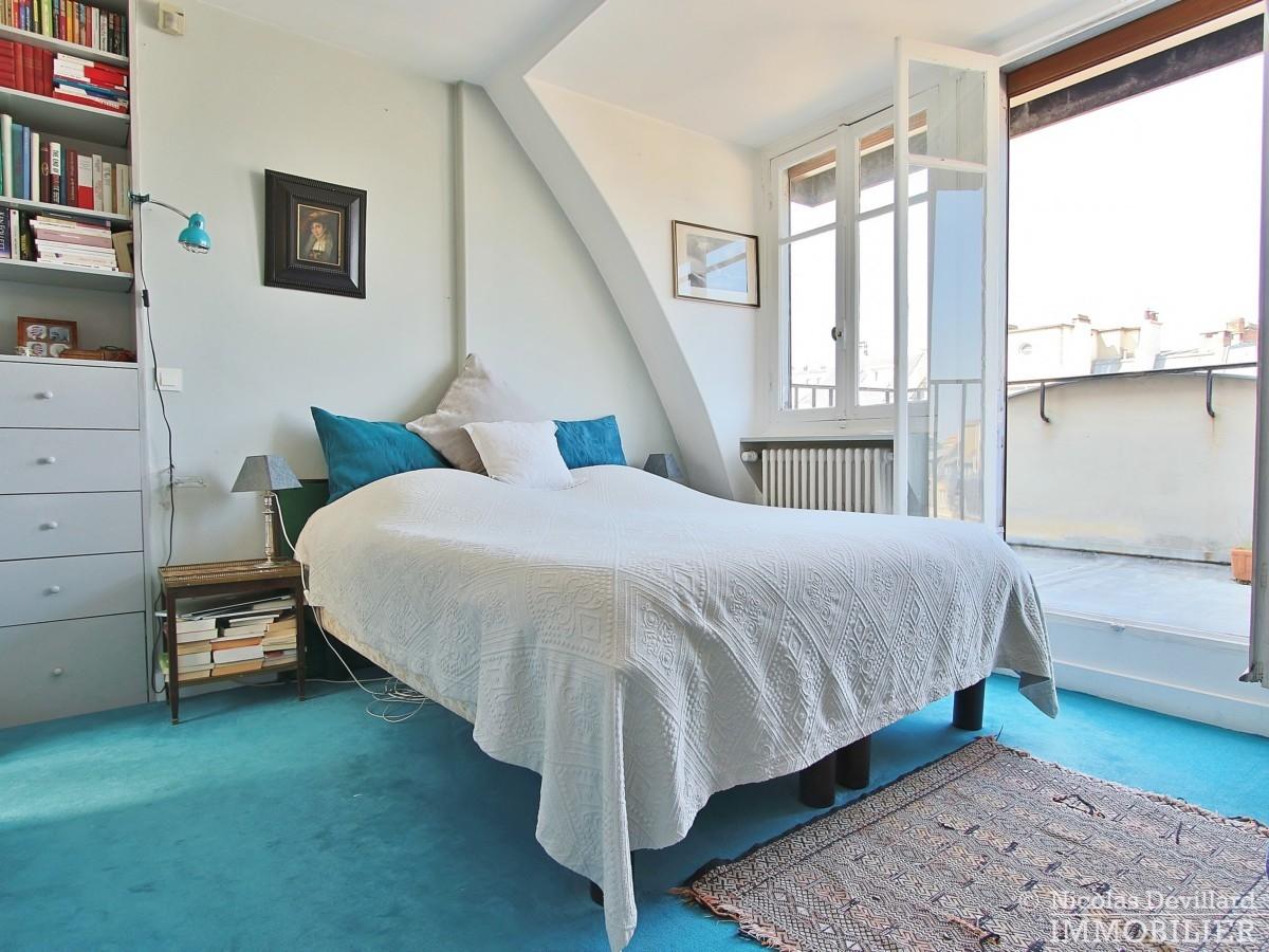 FlandrinLongchamp – Dernier étage superbe terrasse et vue – 75116 Paris 7