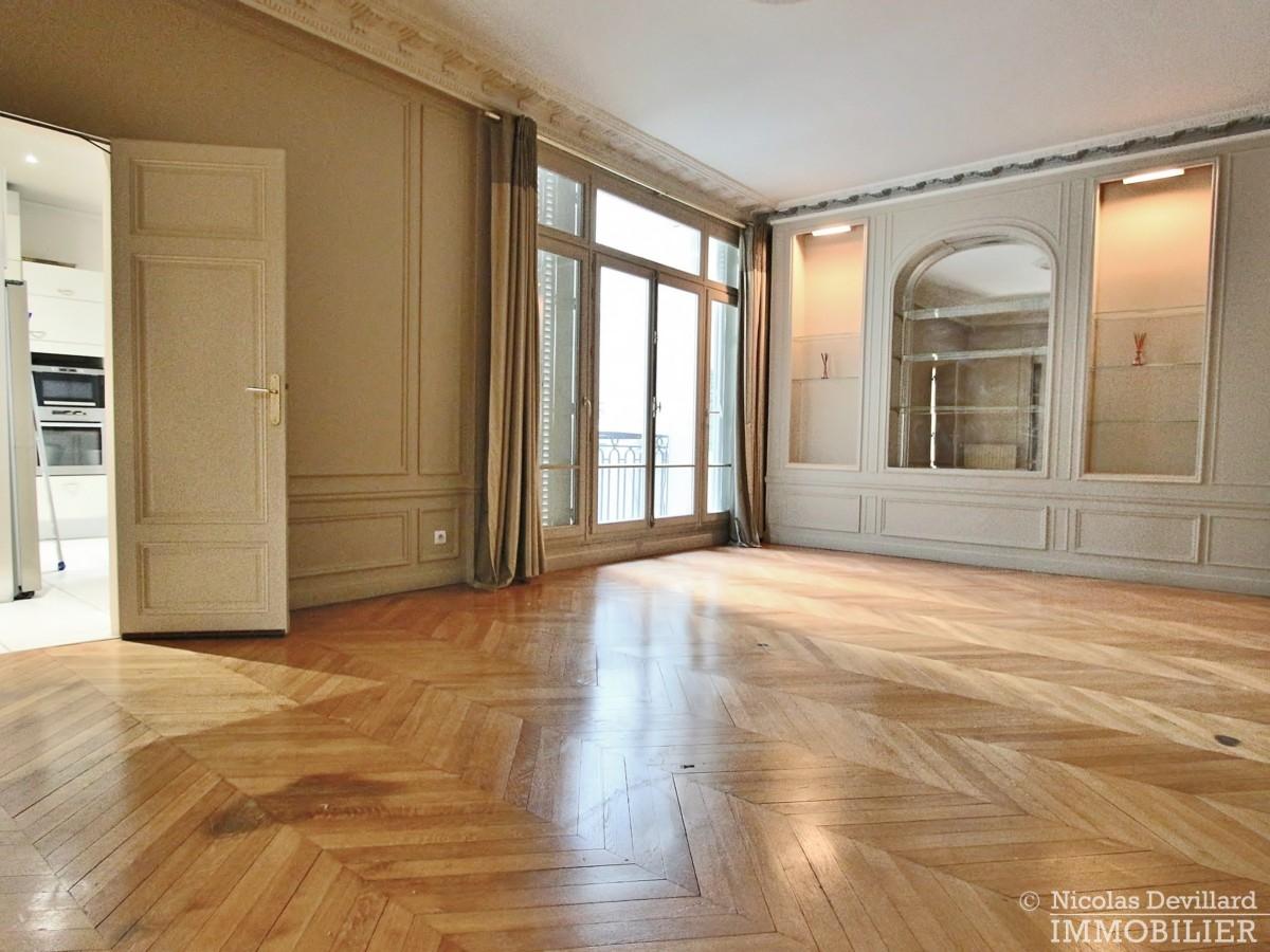 TrocadéroVictor Hugo – Superbes réceptions et vastes chambres – 75116 Paris 35