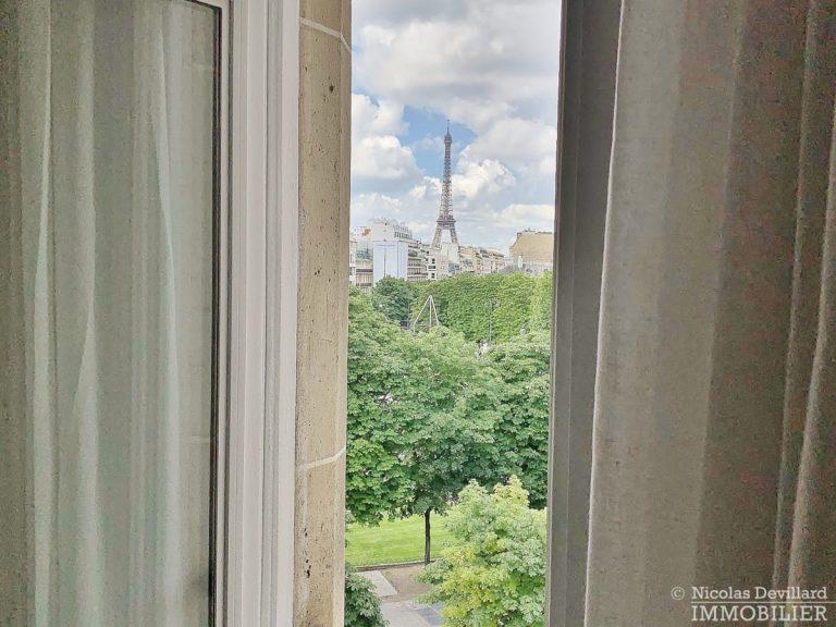 Rond-Point-des-Champs-Elysées-–-Rénové-volumes-et-belle-allure-75008-Paris-2