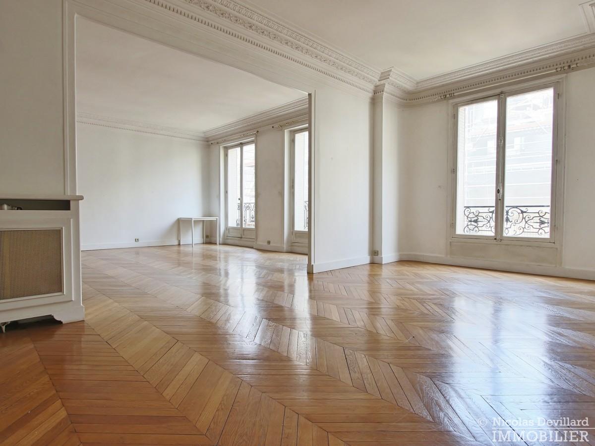 Victor HugoFoch – Très beaux volumes calme et lumière – 75116 Paris 33