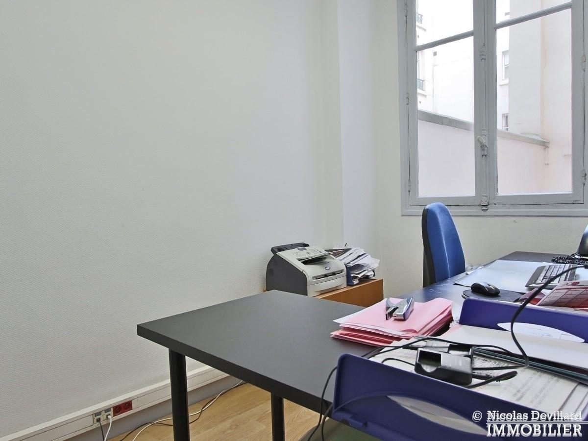 FochGrande Armée – Grand appartement avec 8 bureaux et terrasse très bien situés – 75116 Paris 11