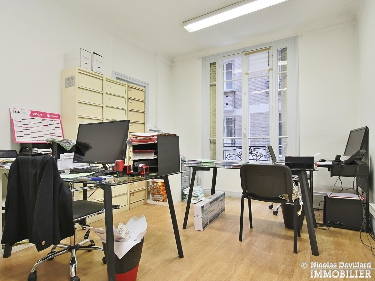 FochGrande Armée – Grand appartement avec 8 bureaux et terrasse très bien situés – 75116 Paris 17
