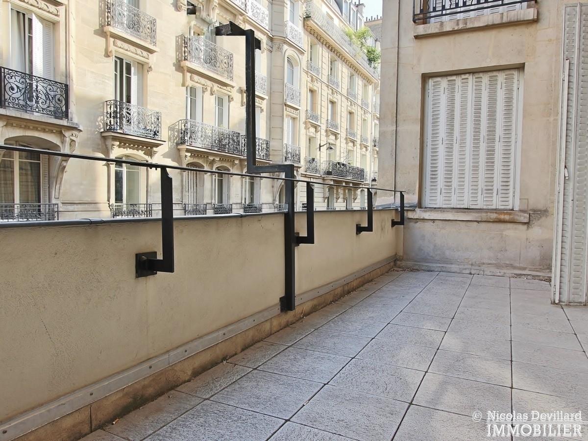 FochGrande Armée – Grand appartement avec 8 bureaux et terrasse très bien situés – 75116 Paris 9