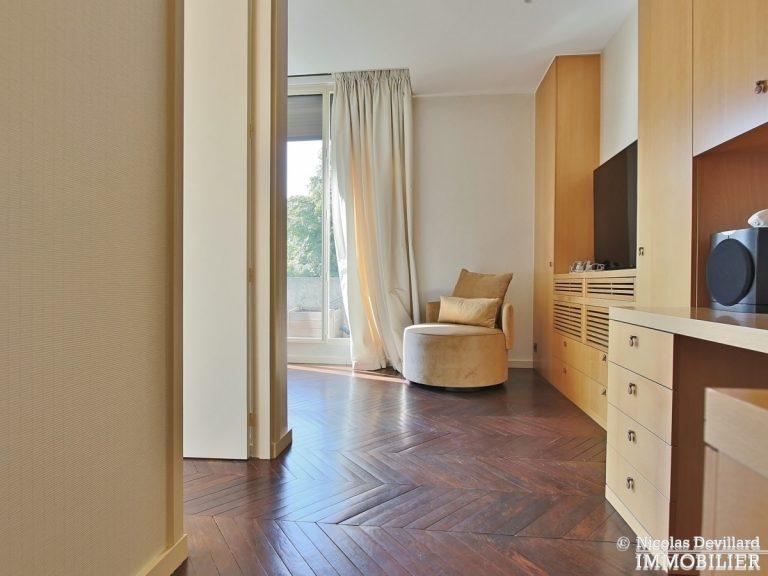 Henri-MartinOCDE-–-Luxueux-appartement-de-réception-dans-la-verdure-–-75116-Paris-11