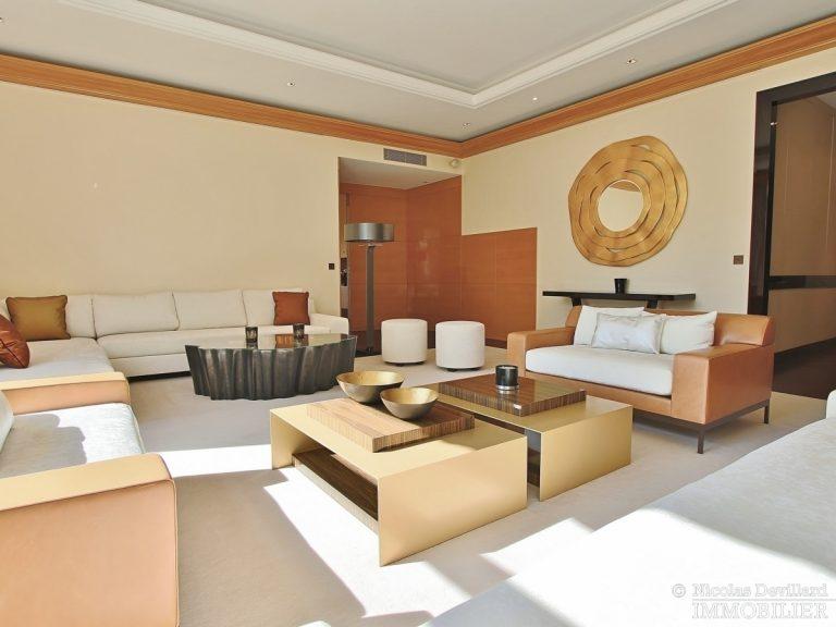 Henri-MartinOCDE-–-Luxueux-appartement-de-réception-dans-la-verdure-–-75116-Paris-19