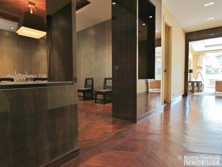 Henri-MartinOCDE-–-Luxueux-appartement-de-réception-dans-la-verdure-–-75116-Paris-4