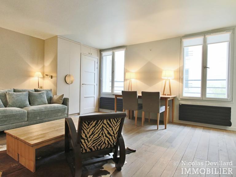 InvalidesSaint-Dominique – Vaste studio superbement rénové sur cour arborée – 75007 Paris (35)