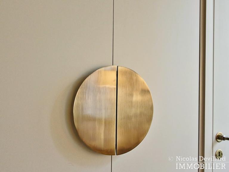 InvalidesSaint-Dominique – Vaste studio superbement rénové sur cour arborée – 75007 Paris (42)