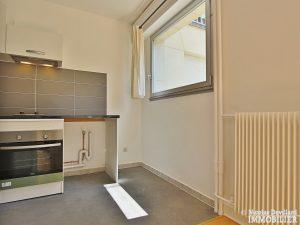 Trocadéro – Grand studio sur jardin au calme – 75116 Paris 6