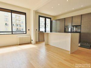 Trocadéro – Rénové belles prestations grands volumes et belle terrasse – 75116 Paris 28