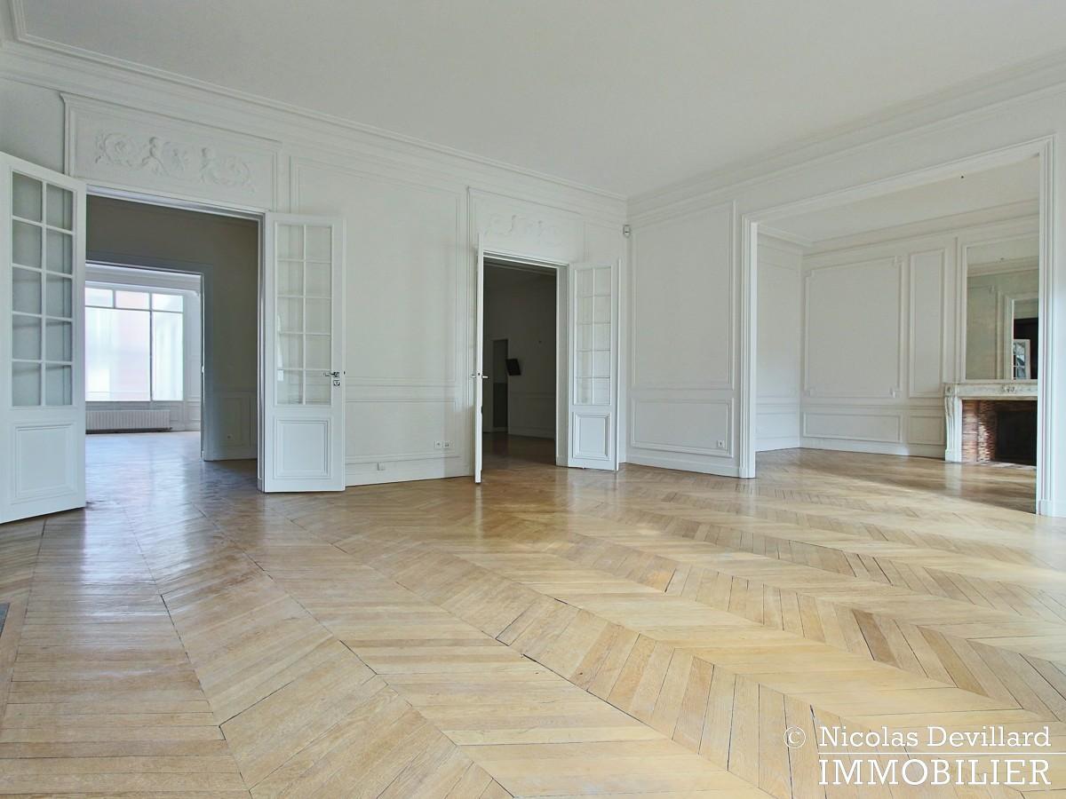 Avenue Victor Hugo – Splendide appartement de réception et familial – 75116 Paris (17)
