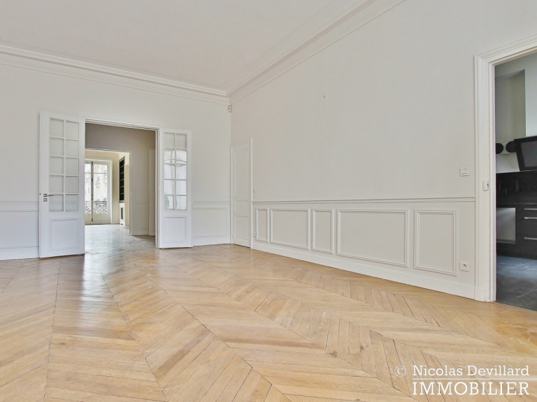 Avenue Victor Hugo – Splendide appartement de réception et familial – 75116 Paris (23)