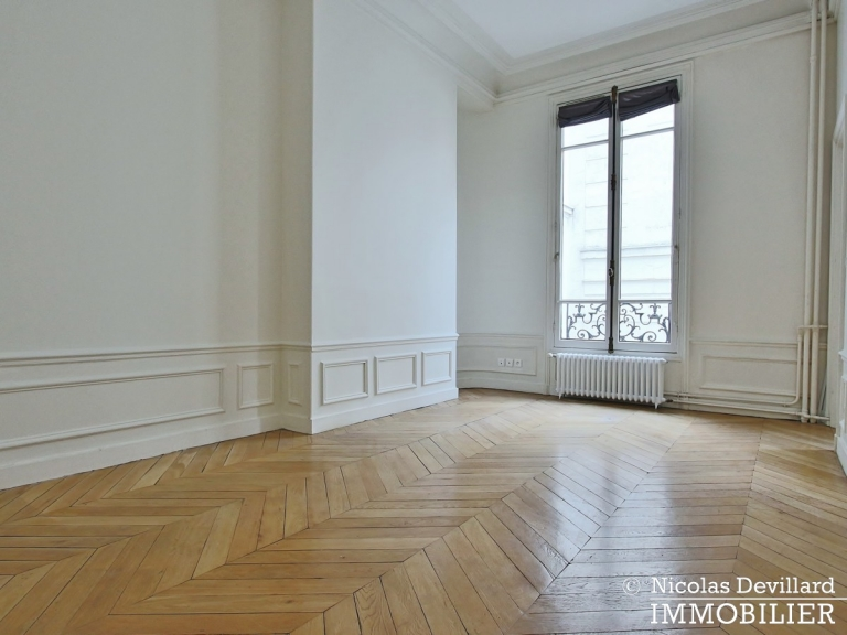 Avenue Victor Hugo – Splendide appartement de réception et familial – 75116 Paris (27)