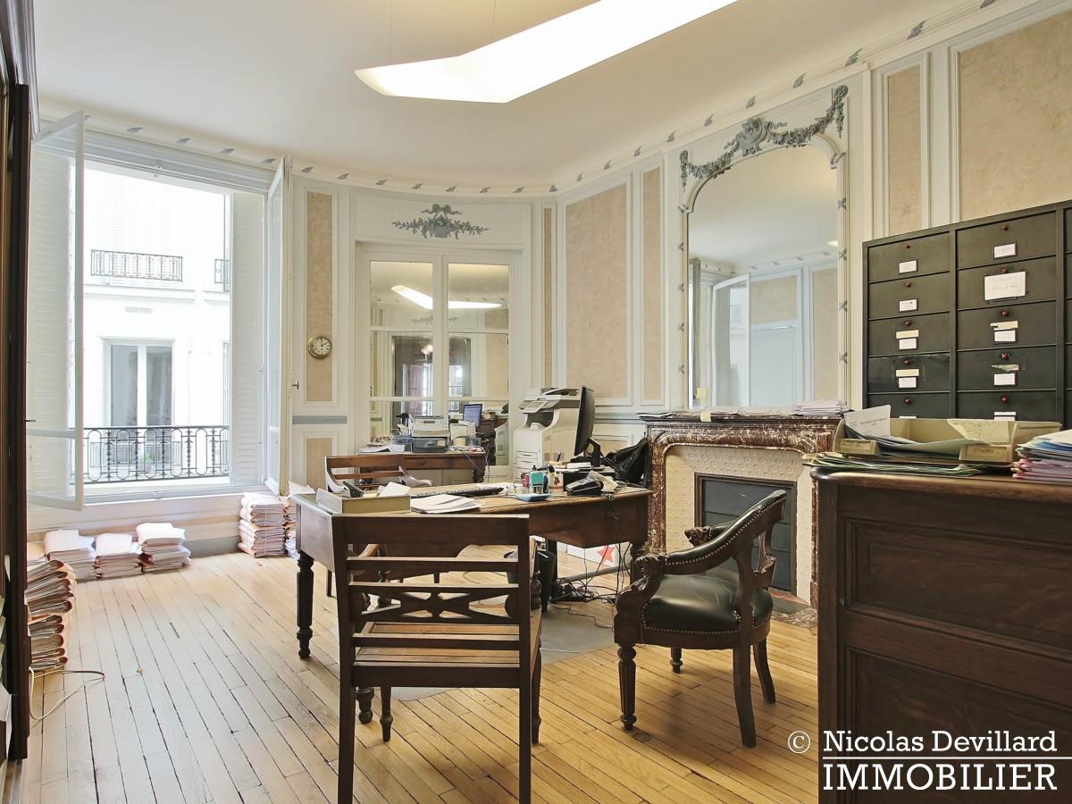 Plaine MonceauCourcelles – Très bel hausmannien (professionnel et habitation) – 75017 Paris (1)