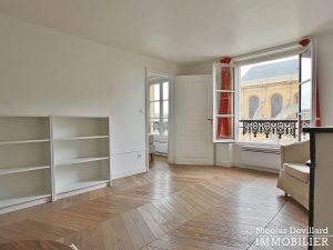 Saint LouisCarrés – Dernier étage de charme avec vue – 78000 Versailles (14)