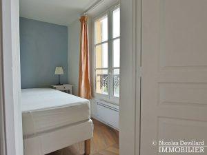 Saint LouisCarrés – Dernier étage de charme avec vue – 78000 Versailles (15)