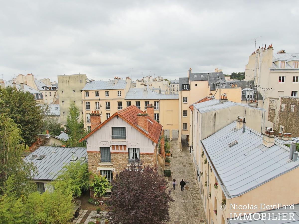 Saint LouisCarrés – Dernier étage de charme avec vue – 78000 Versailles (30)