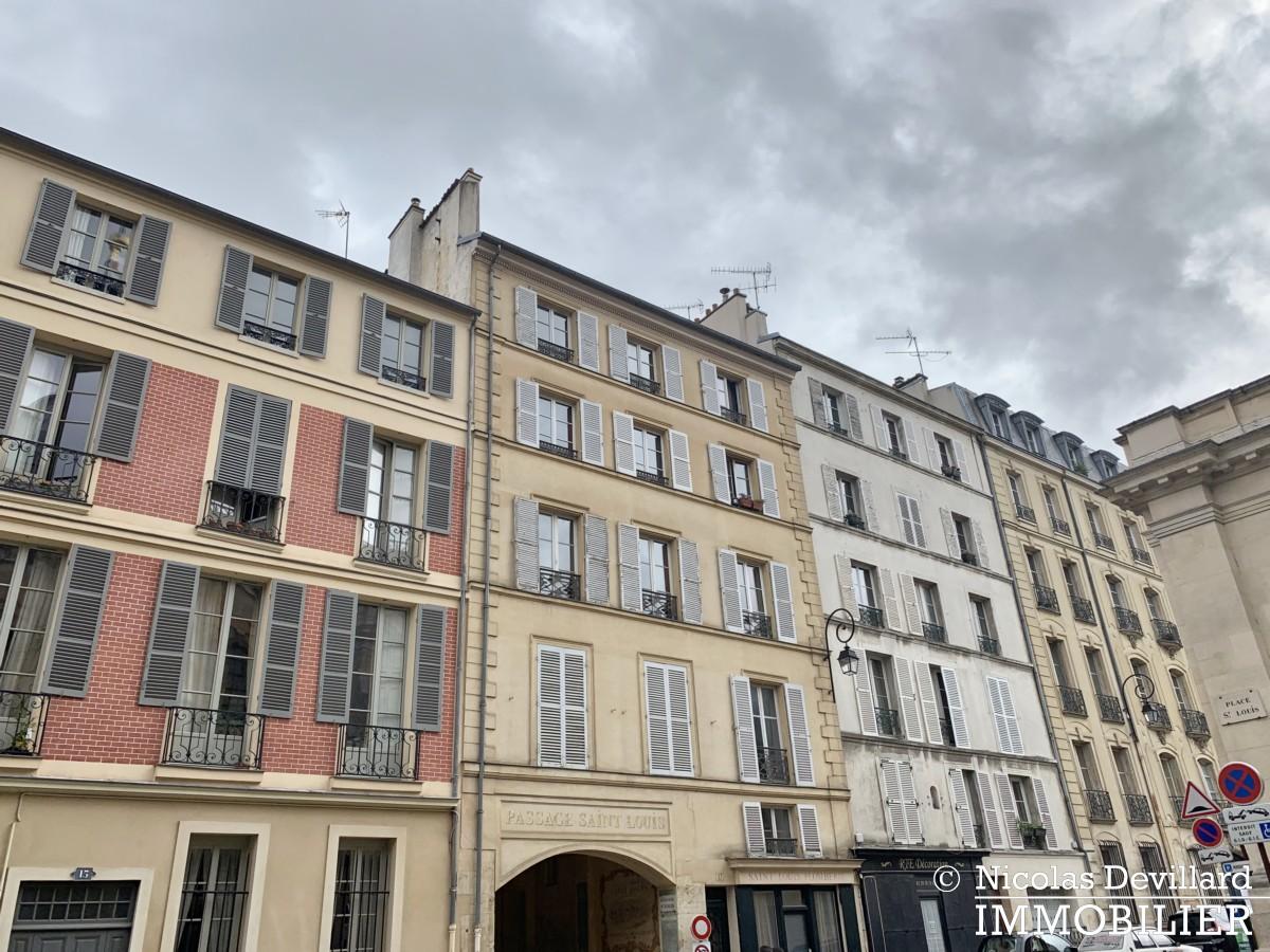 Saint LouisCarrés – Dernier étage de charme avec vue – 78000 Versailles (5)