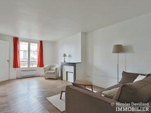 Saint LouisCarrés – Dernier étage de charme avec vue – 78000 Versailles (8)
