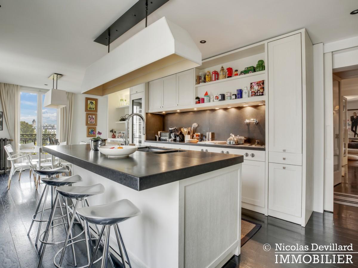 Alma Marceau – Duplex dernier étage, vue panoramique et prestations luxueuses – 75116 Paris (11)