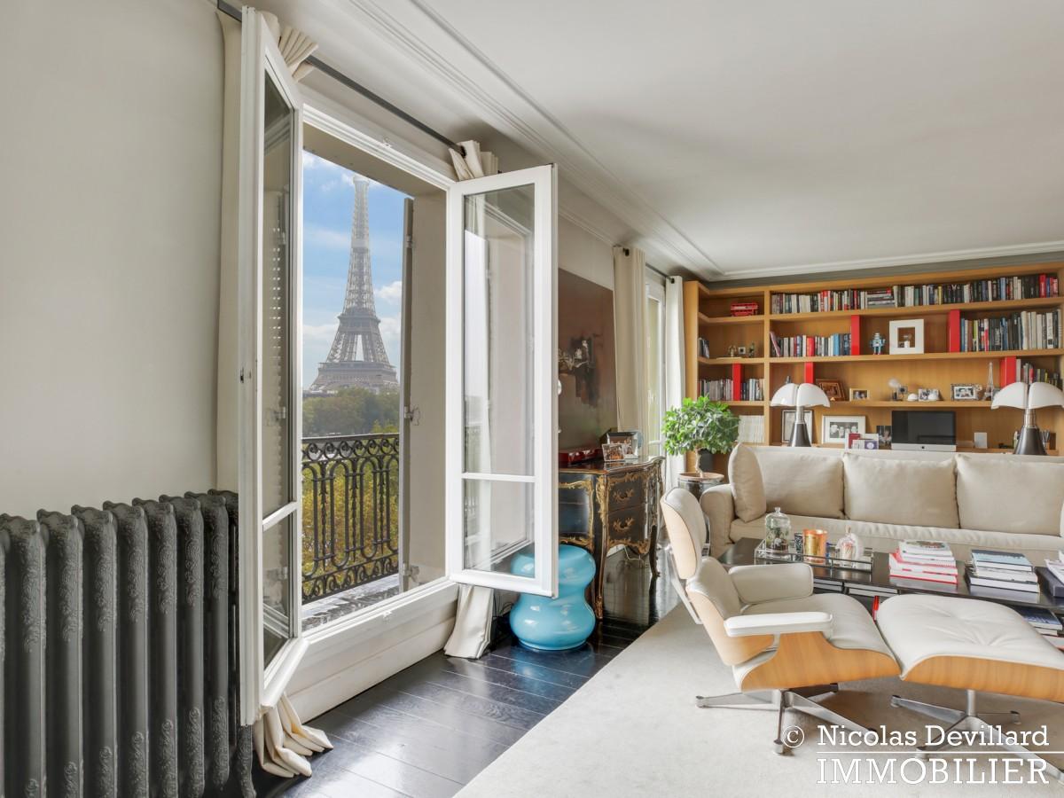 Alma Marceau – Duplex dernier étage, vue panoramique et prestations luxueuses – 75116 Paris (14)