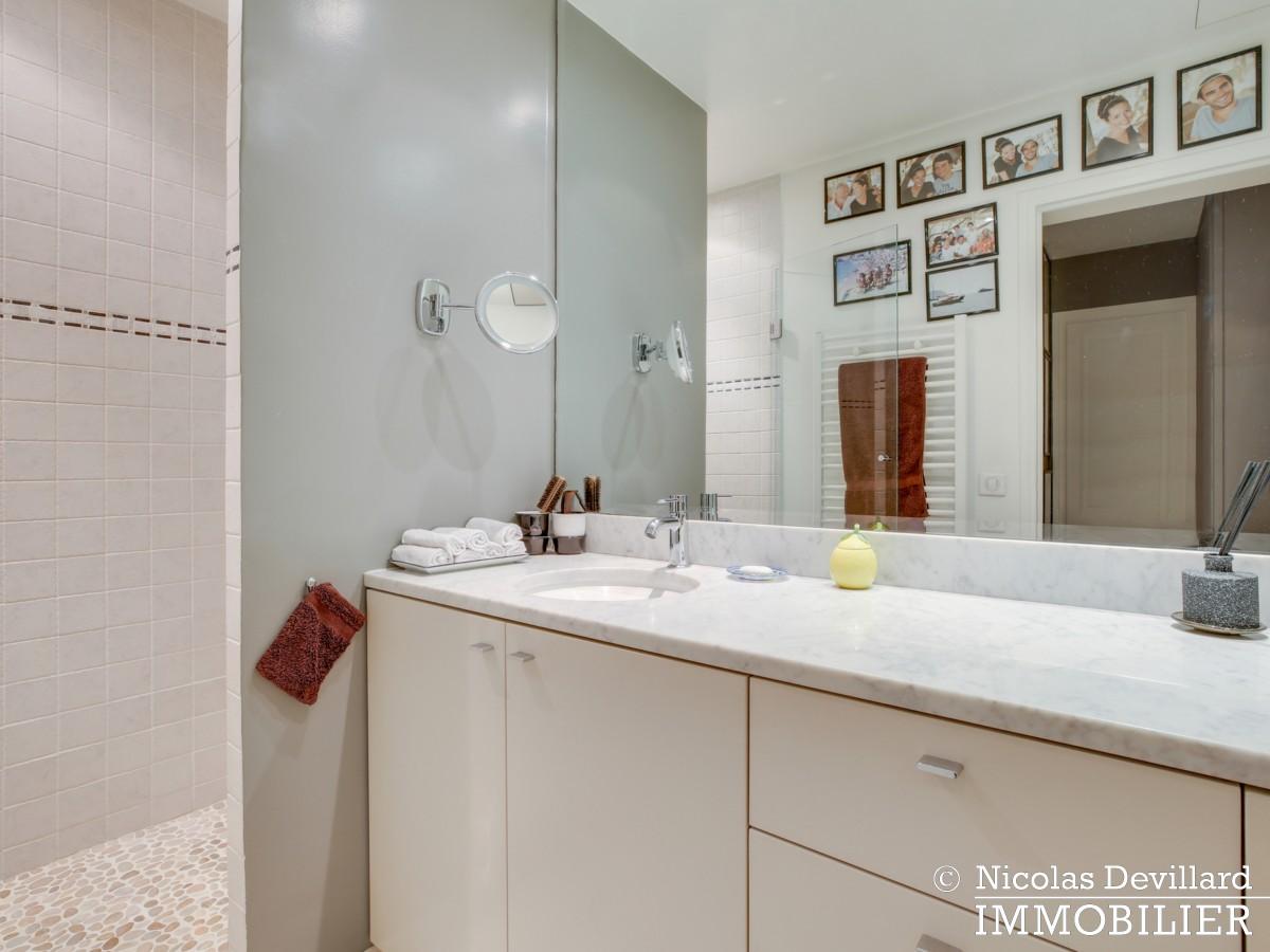Alma Marceau – Duplex dernier étage, vue panoramique et prestations luxueuses – 75116 Paris (6)