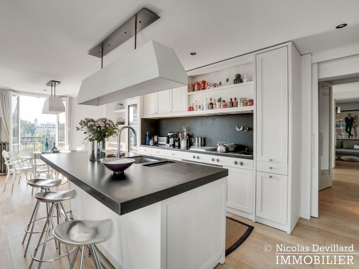 Alma Marceau – Duplex dernier étage, vue panoramique et prestations luxueuses – 75116 Paris (40)