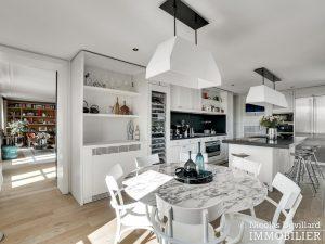 Alma Marceau – Duplex dernier étage, vue panoramique et prestations luxueuses – 75116 Paris (47)