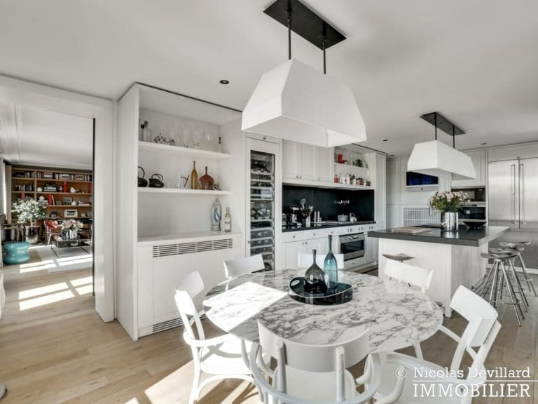 Alma-Marceau – Duplex dernier étage, vue panoramique et prestations luxueuses – 75116 Paris (47)