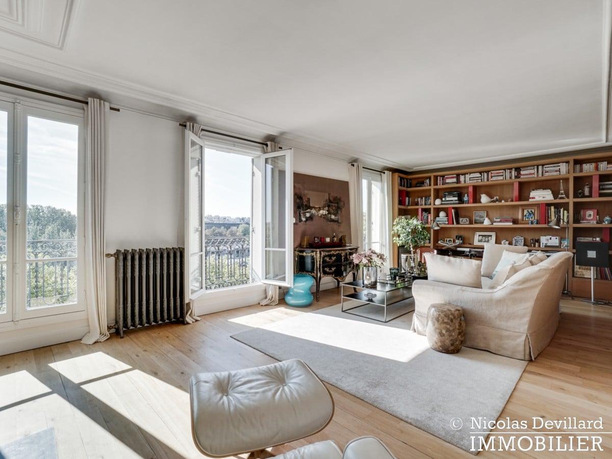 Alma Marceau – Duplex dernier étage, vue panoramique et prestations luxueuses – 75116 Paris (52)