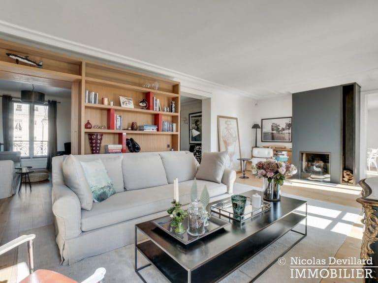 Alma-Marceau – Duplex dernier étage, vue panoramique et prestations luxueuses – 75116 Paris (54)