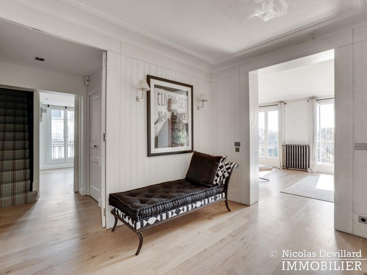 Alma Marceau – Duplex dernier étage, vue panoramique et prestations luxueuses – 75116 Paris (57)