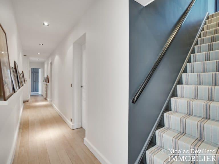 Alma-Marceau – Duplex dernier étage, vue panoramique et prestations luxueuses – 75116 Paris (58)