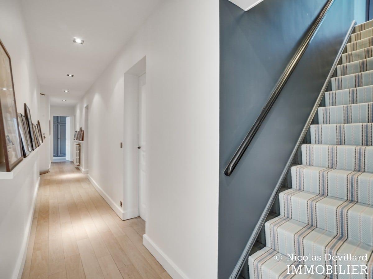 Alma Marceau – Duplex dernier étage, vue panoramique et prestations luxueuses – 75116 Paris (58)