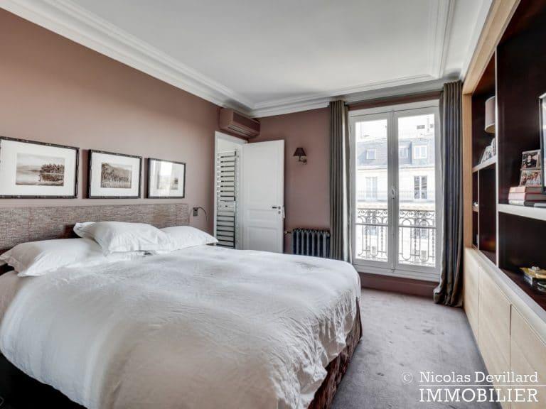 Alma-Marceau – Duplex dernier étage, vue panoramique et prestations luxueuses – 75116 Paris (59)