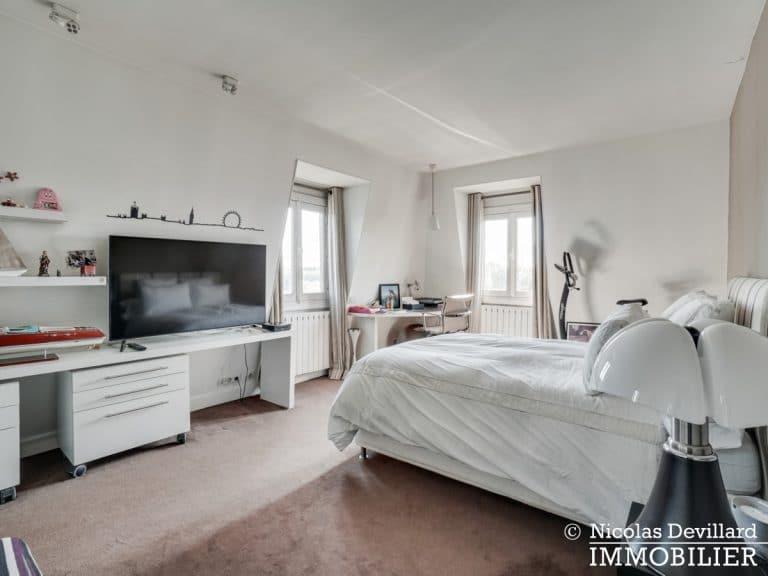 Alma-Marceau – Duplex dernier étage, vue panoramique et prestations luxueuses – 75116 Paris (61)
