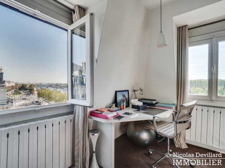 Alma-Marceau – Duplex dernier étage, vue panoramique et prestations luxueuses – 75116 Paris (62)