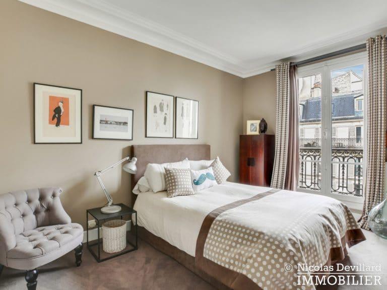 Alma-Marceau – Duplex dernier étage, vue panoramique et prestations luxueuses – 75116 Paris (7)