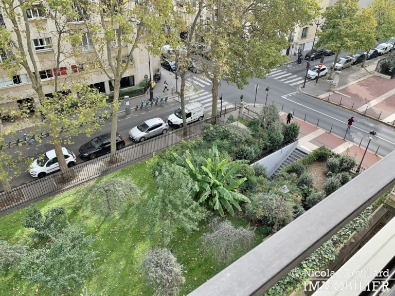 FochLongchamp – Grand salon, belle vue dégagée et soleil – 75116 Paris (4)